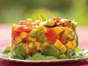 алкални храни салца от манго и авокадо
